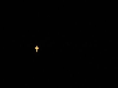 Kříž v noci
